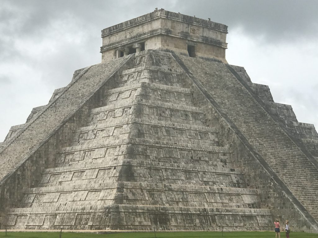 Chichén Itzá main pyramid, Mexico
