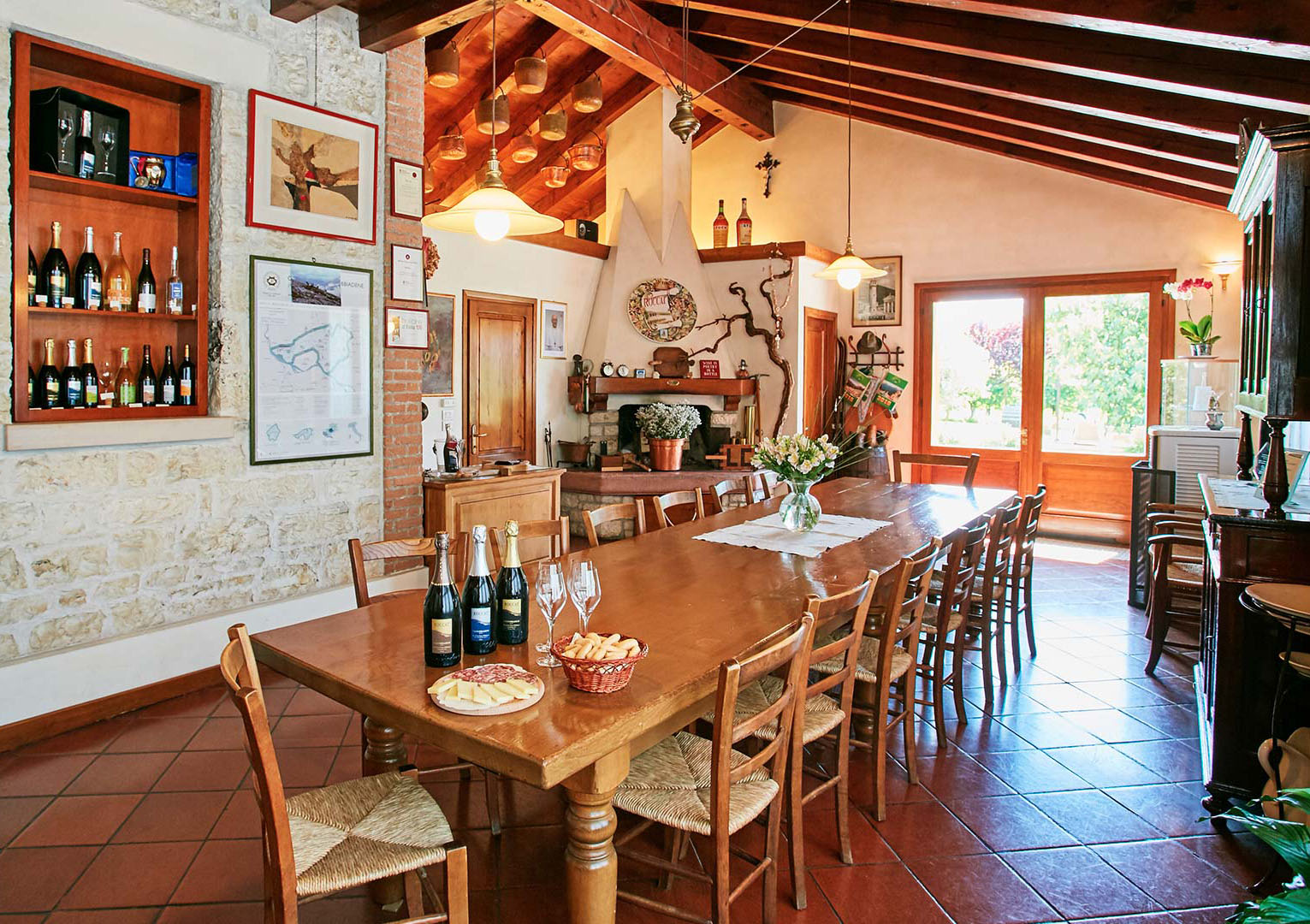 This beautiful great room is ideal for group gatherings as well as wine tastings.