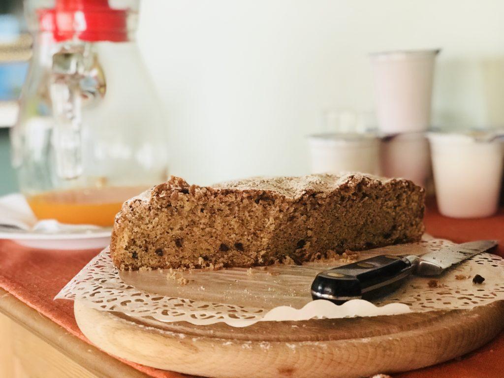 Roccat breakfast cake
