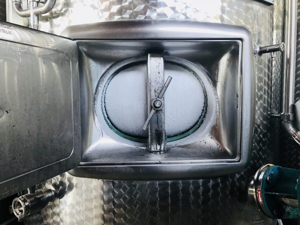 Cold fermentation vat