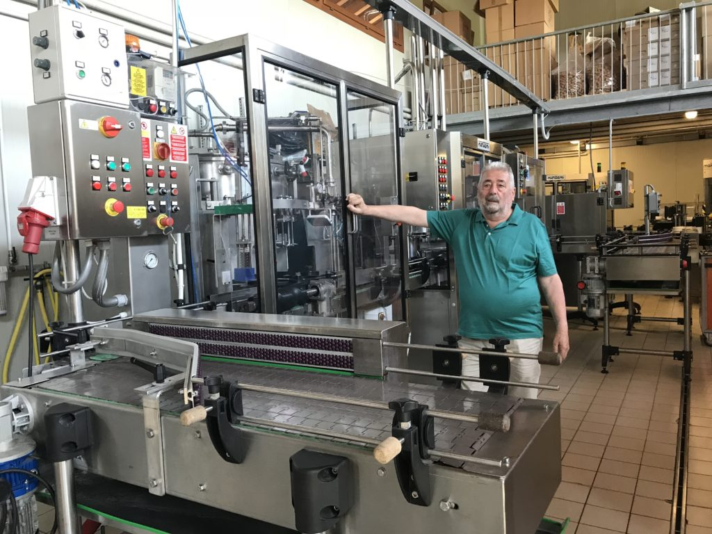 Roccat winery bottling machine