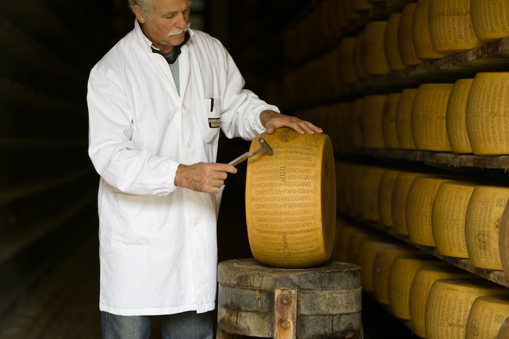 Inspection of Parmigiano-Reggiano cheese