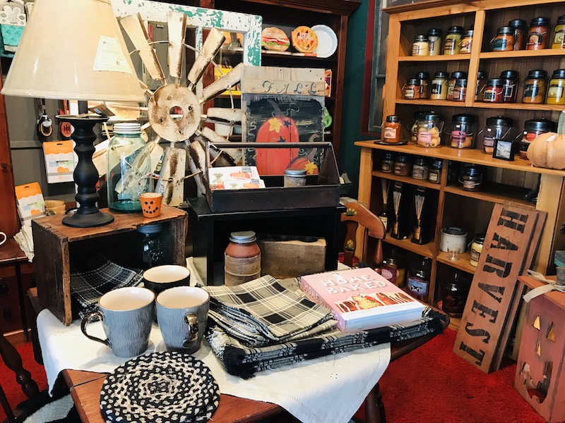 Ralphene's has home decor, gifts, and so much more.