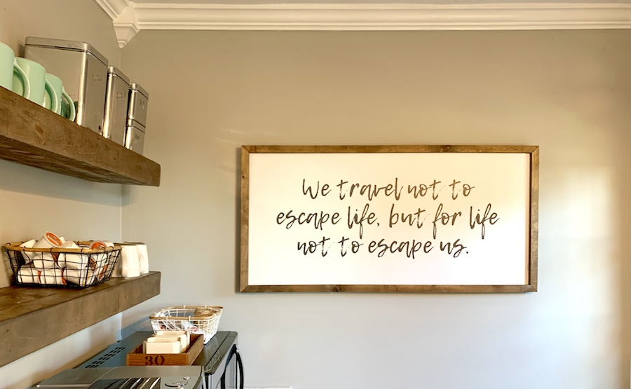 travel quote wall hanging