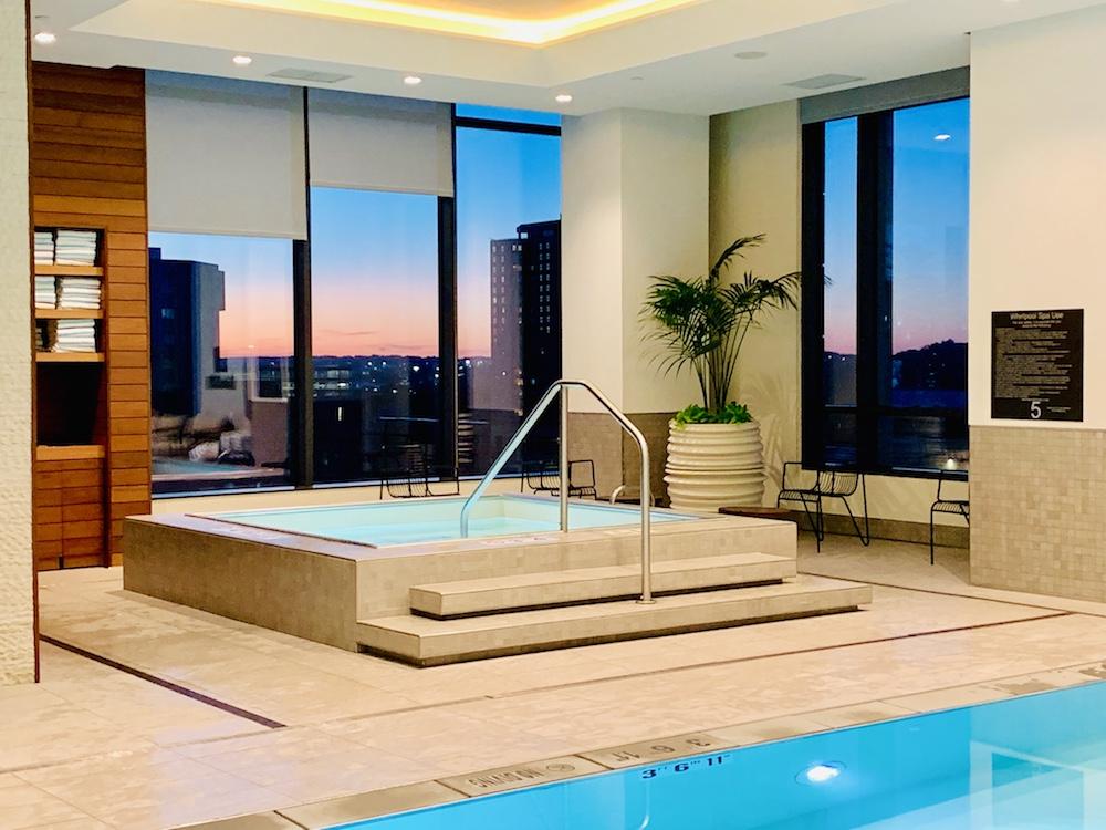 Hilton Hotel Rochester Mayo Clinic pool