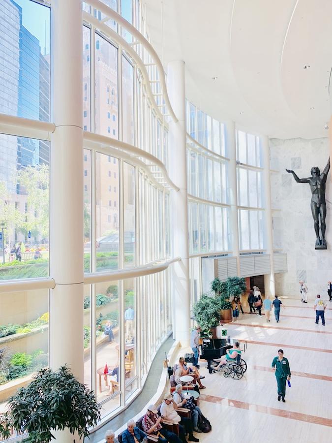 Mayo Clinic Gonda lobby