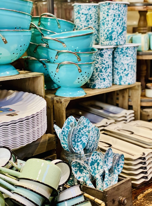 speckled dishes pioneer woman mercantile