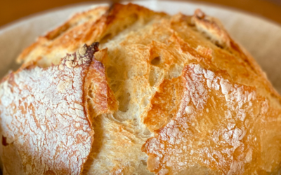 Easy 4-ingredient artisan bread that will impress