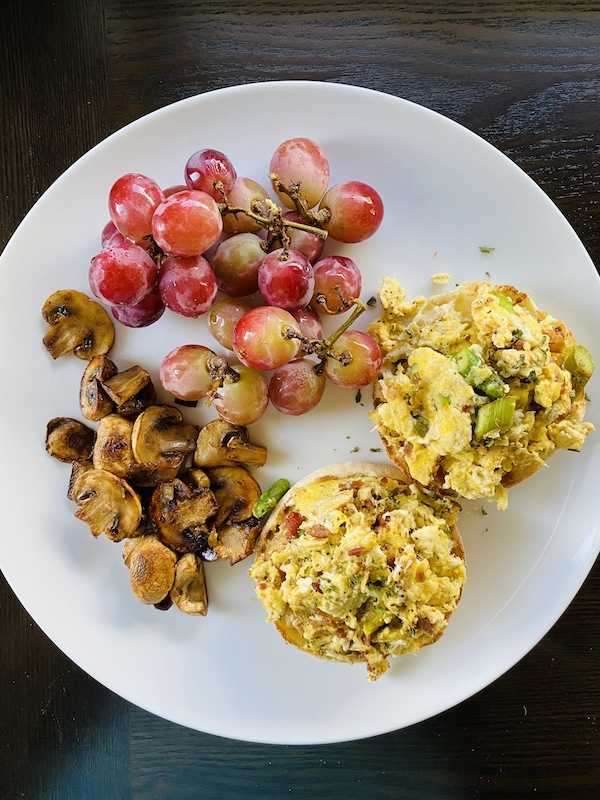 foods to help you lose weight with noom scrambled eggs