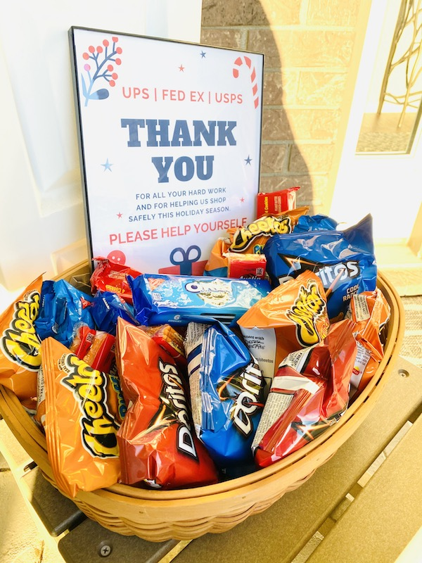 snack basket for delivery drivers