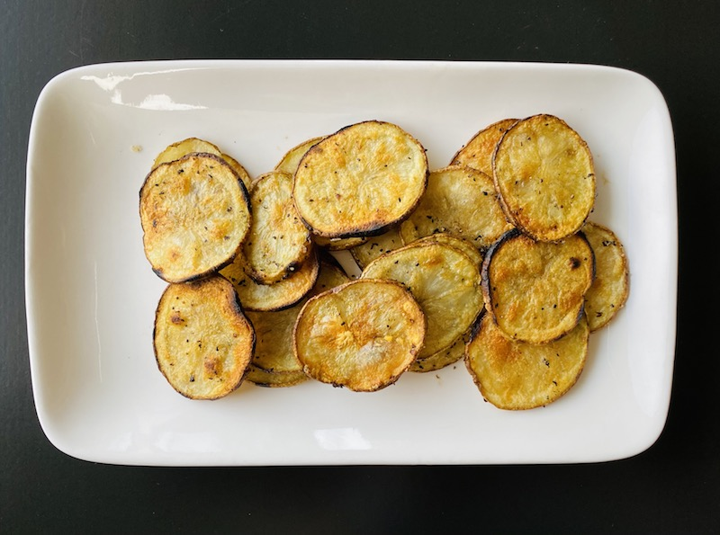 healthy ways to eat potato - grilled chips