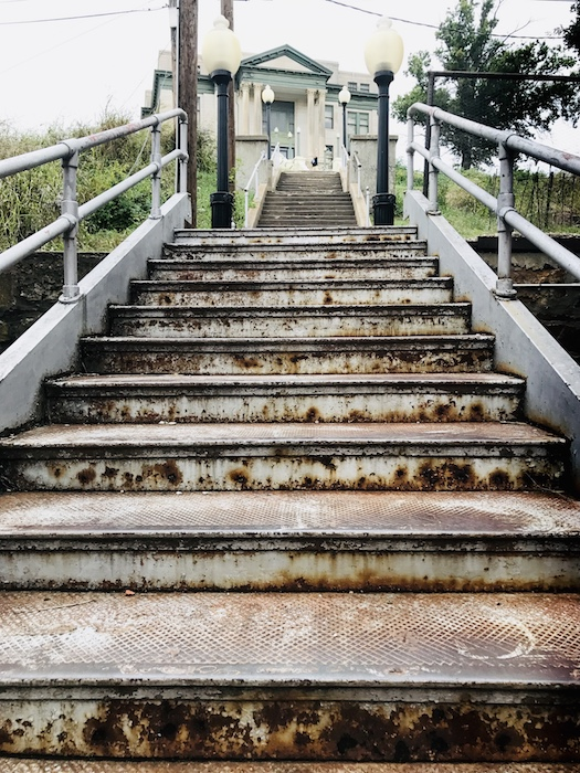 Things to do outdoors in Pawhuska scale the steps