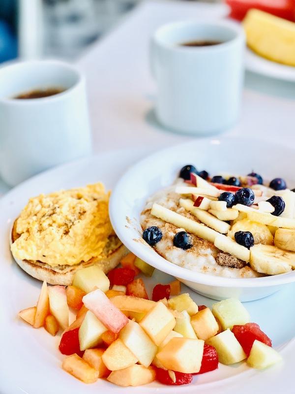avoid gaining weight on a cruise buffet breakfast